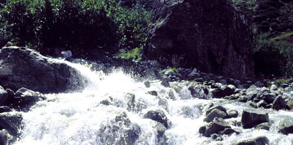 The Durance River : Beautiful and dangerous